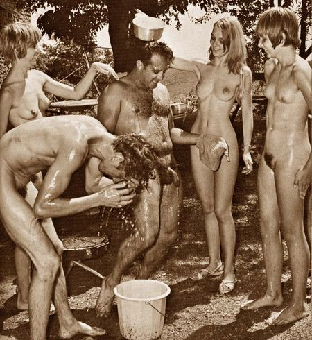 Naturist Nudist Retro 1960-1980