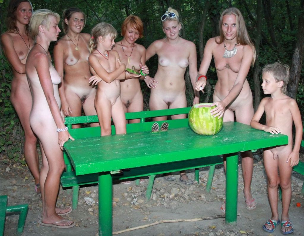 Green Picnic Naturists