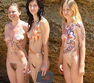 Body Paint On The Sea